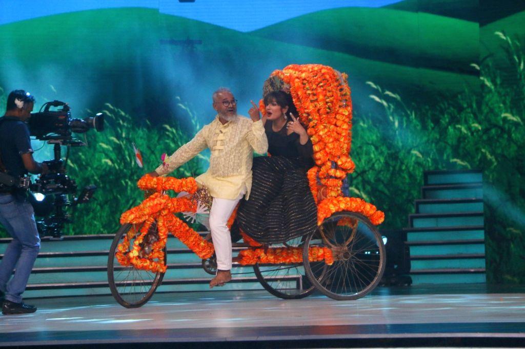 "Actress Raveena Tandon on the sets of reality television show ""Dance Deewane"" in Mumbai on July 23, 2018. - Raveena Tandon"