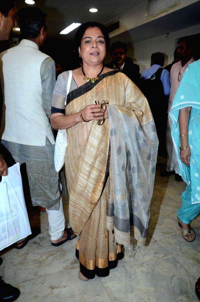 Actress Reema Lagoo during The Satyamev Jayate Water Cup Awards 2016, in Mumbai, on Aug 15, 2016. - Reema Lagoo