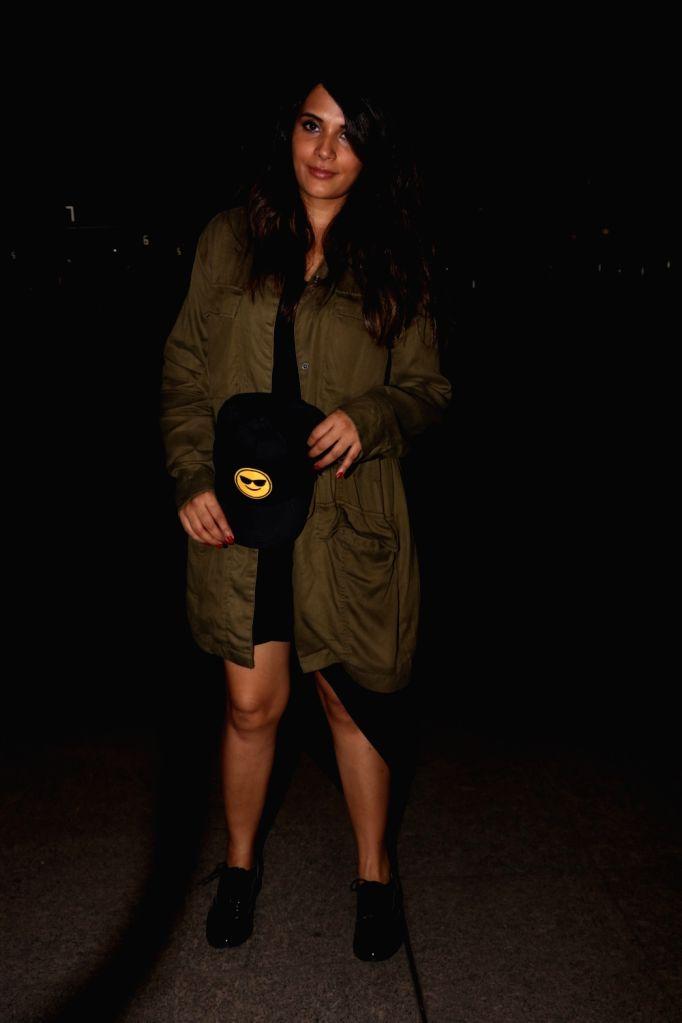 Actress Richa Chadda spotted at Chhatrapati Shivaji Maharaj International airport in Mumbai. - Richa Chadda