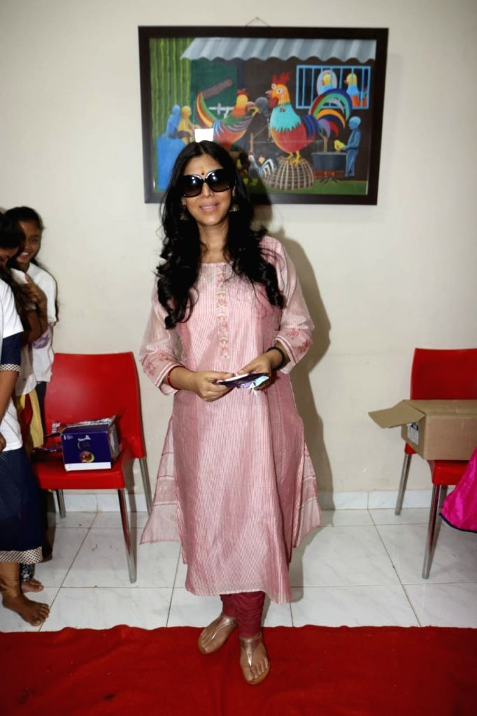 Actress Sakshi Tanwar during a programme in in Mumbai, on May 9, 2019. - Sakshi Tanwar