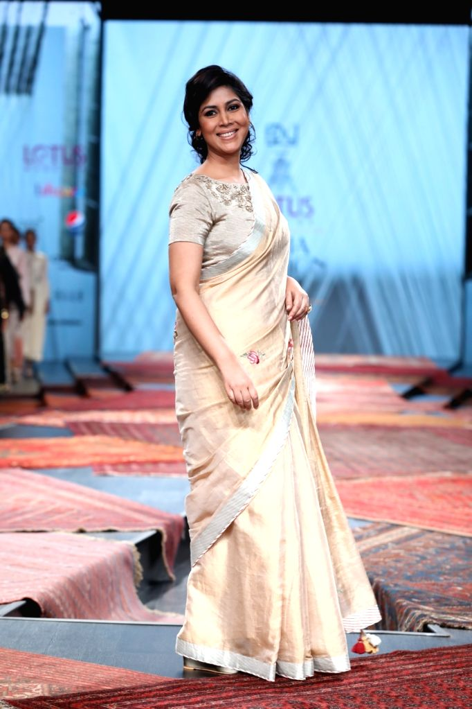 Actress Sakshi Tanwar showcases the collection from fashion designer Pratima Pandey's fashion label Prama on the first day of Lotus Make-up India Fashion Week, in New Delhi on Oct 9, 2019. - Sakshi Tanwar and Pratima Pandey