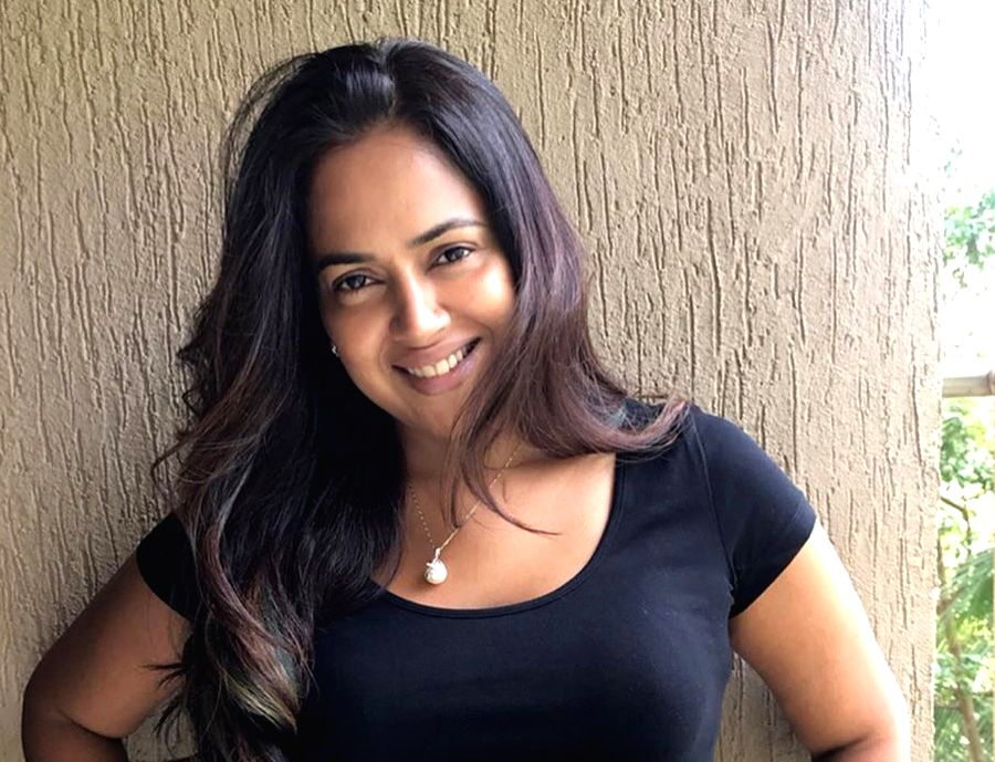 "Actress Sameera Reddy has shared her postpartum journey. She says it's hard on the body when it's a C-Section because her stitches ""hurt like mad"". Sameera on Thursday shared a photograph ... - Sameera Reddy"