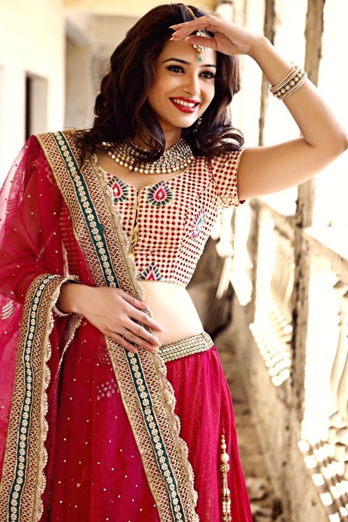 Actress Samiksha Bhatnagar during a photo shoot. - Samiksha Bhatnagar