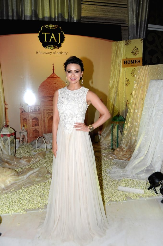 Actress Sana Khan during the 14th Society Interiors Design Competition and Awards in Mumbai, on April 10, 2016. - Sana Khan