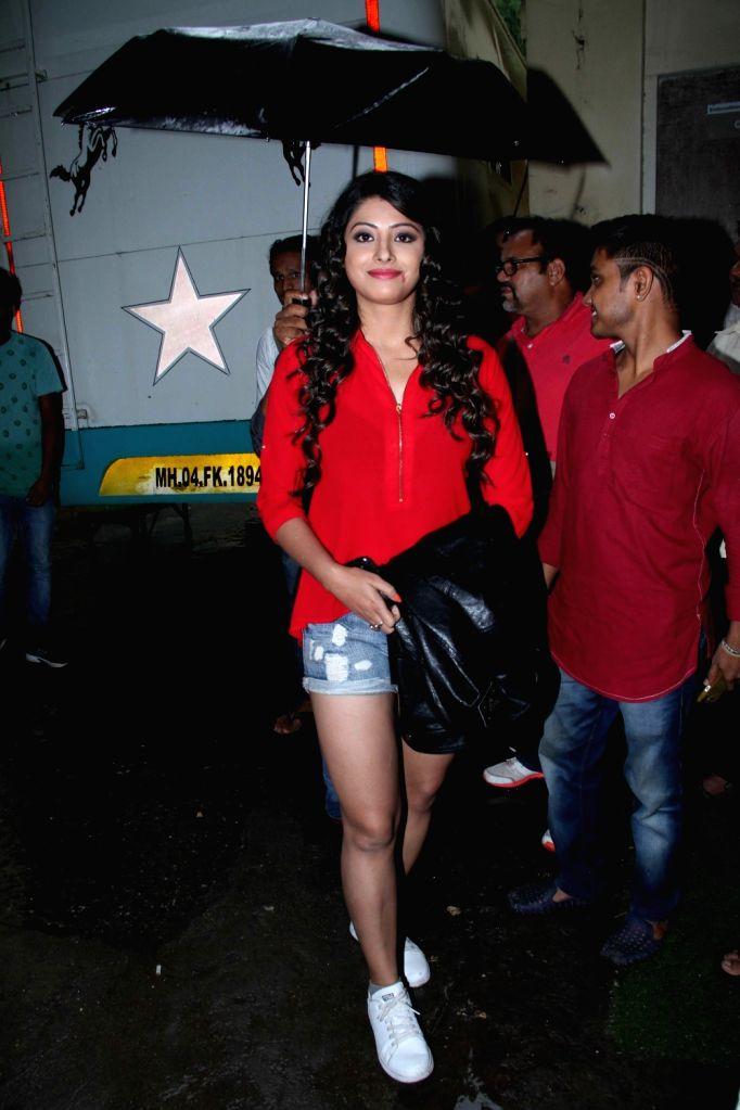 Actress Sanchita Banerjee during the on location shoot of upcoming film Rakdhaar, in Mumbai, on July 29, 2016. - Sanchita Banerjee