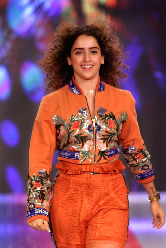 Actress Sanya Malhotra during a programme organised to launch new collection of a cosmetic brand in New Delhi, on April 30, 2019. - Sanya Malhotra