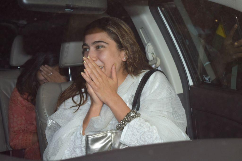 Actress Sara Ali Khan seen at Juhu, in Mumbai on Jan 10, 2020. - Sara Ali Khan