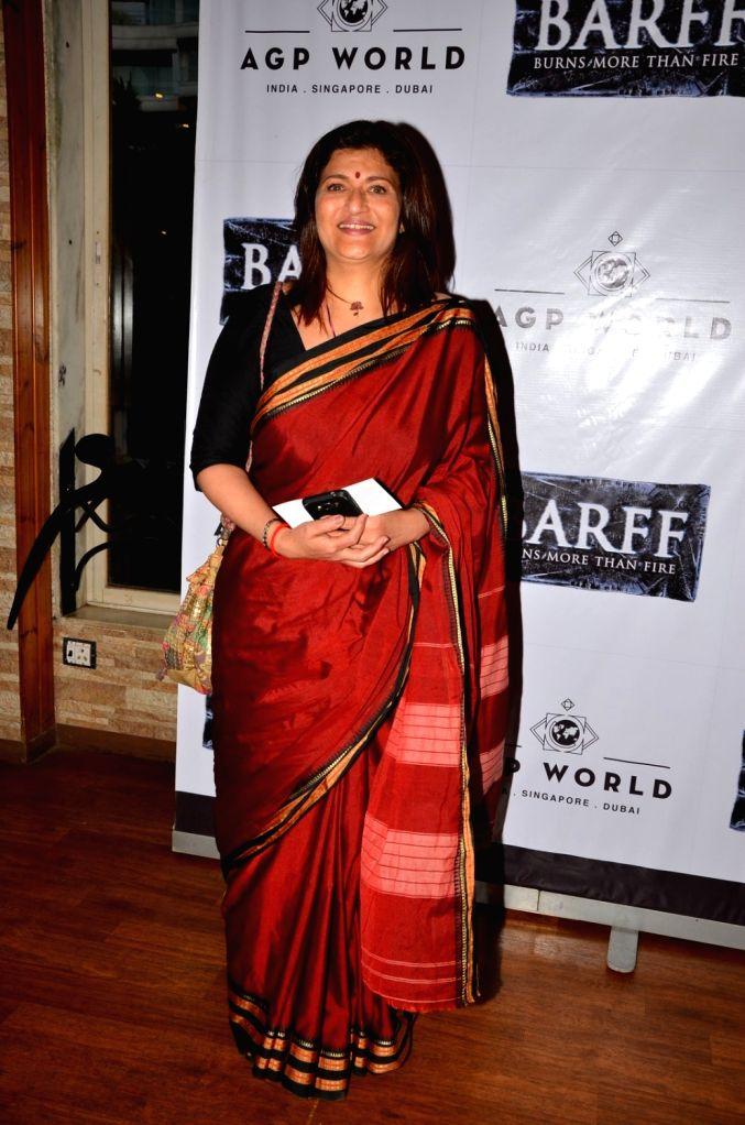 Actress Sarika at AGP play Barff by Saurabh Shukla in Mumbai on April 17, 2016. - Sarika