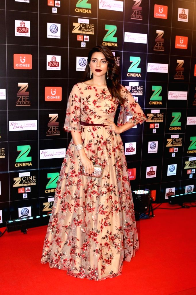 Actress Shama Sikander during the Fair & Lovely Zee Cine Awards 2017 in Mumbai on March 11, 2017. - Shama Sikander