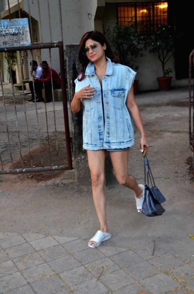 Actress Shamita Shetty seen at Juhu, in Mumbai on Dec 11, 2019. - Shamita Shetty