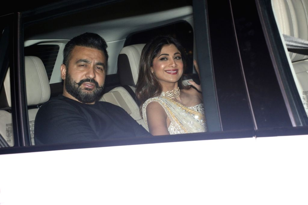 Actress Shilpa Shetty and husband Raj Kundra arrives for Diwali bash hosted by Shah Rukh Khan and Gauri Khan at their residence in Mumbai on Nov 4, 2018. - Shilpa Shetty, Raj Kundra and Rukh Khan