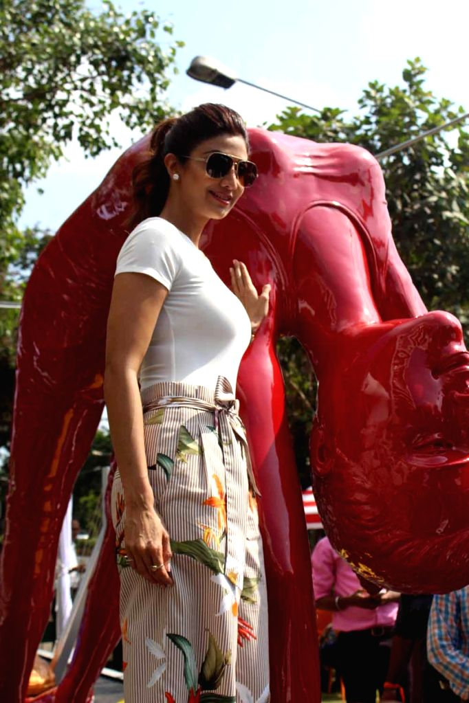 Actress Shilpa Shetty at the launch of 'Fit Mumbai Yoga Statue' in Mumbai on May 17, 2017. - Shilpa Shetty