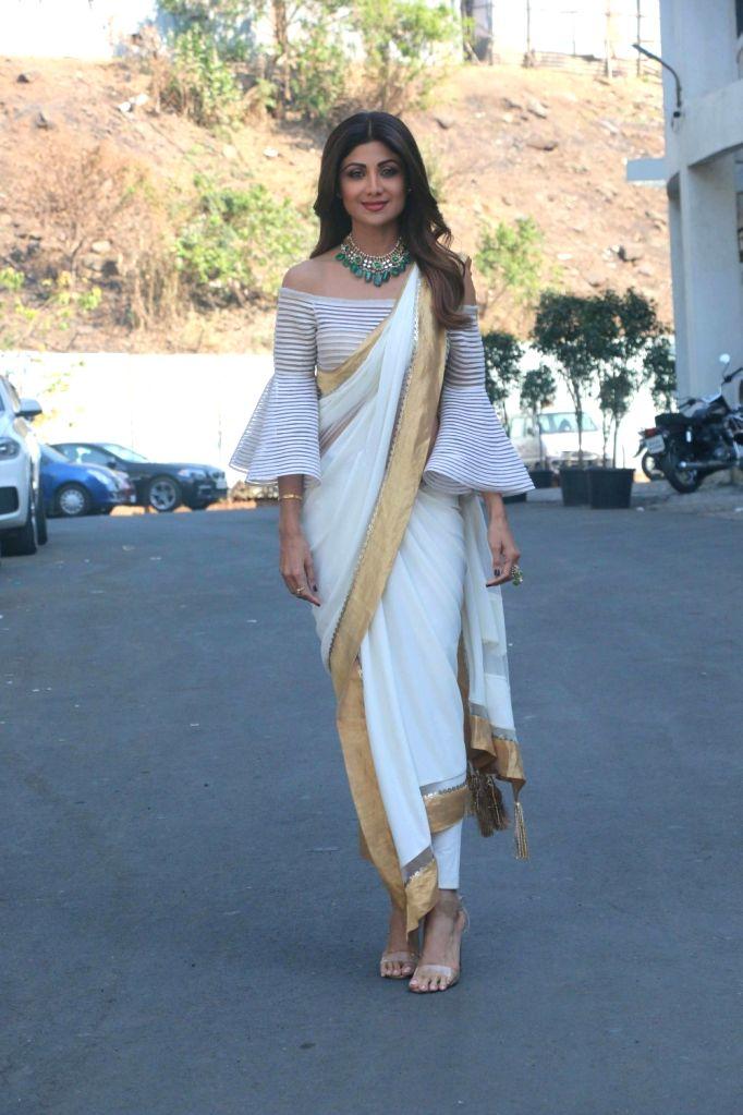 "Actress Shilpa Shetty Kundra on sets of dance reality show ""Super Dancer Chapter 2"" in Mumbai on Feb 12, 2018. - Shilpa Shetty Kundra"