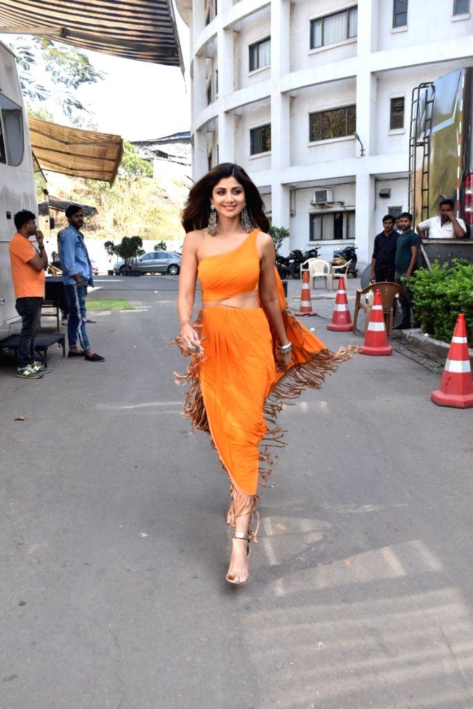 "Actress Shilpa Shetty on the sets of ""Super Dancer 3"", in Mumbai, on Feb 25, 2019. - Shilpa Shetty"