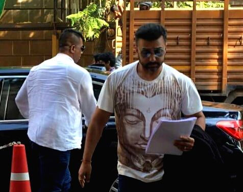 Actress Shilpa Shetty's husband and businessman Raj Kundra arrives to appear before the Enforcement Directorate (ED) for questioning in connection with underworld don Dawood Ibrahim Kaskar's ... - Shilpa Shetty and Raj Kundra