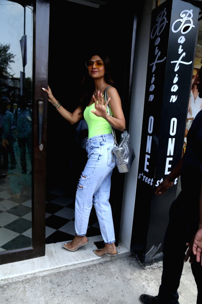 Actress Shilpa Shetty seen at Bandra, in Mumbai, on June 2, 2019. - Shilpa Shetty