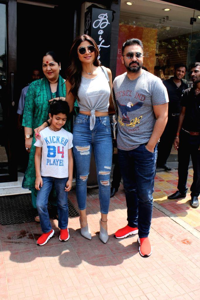 Actress Shilpa Shetty seen with family at Mumbai's Bandra on April 28, 2019. - Shilpa Shetty
