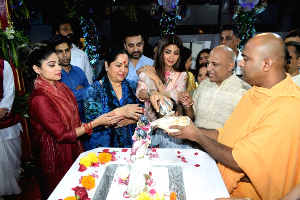 Actress Shilpa Shetty, Shamita Shetty, Sunanda Shetty and Businessman Raj Kundra during Janmashtami celebrations at ISKCON temple, in Mumbai on Aug 25, 2019. - Shilpa Shetty, Raj Kundra, Shamita Shetty and Sunanda Shetty