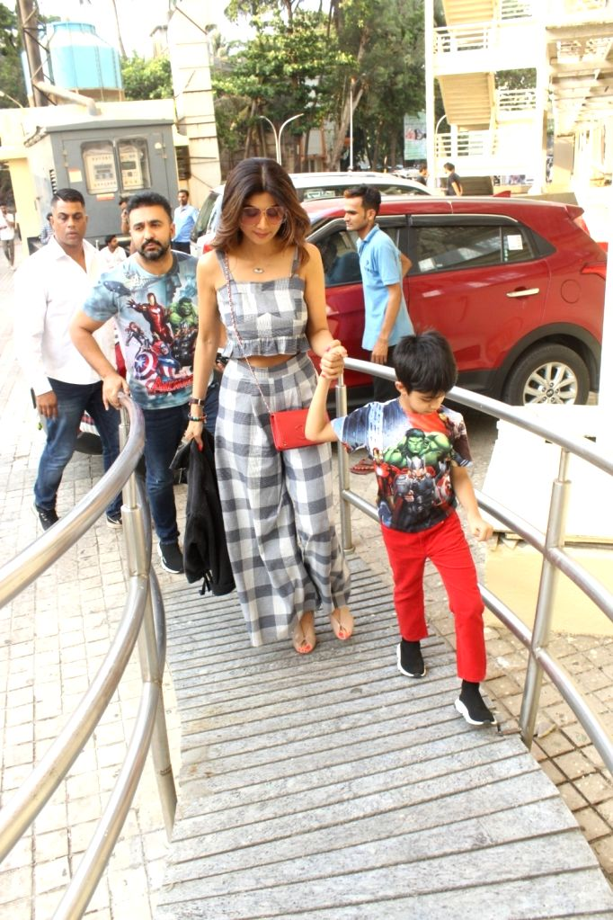"""Actress Shilpa Shetty with her son Viaan at the screening of the film """"Avengers: Endgame"""" in Mumbai on April 27, 2019. - Shilpa Shetty"""