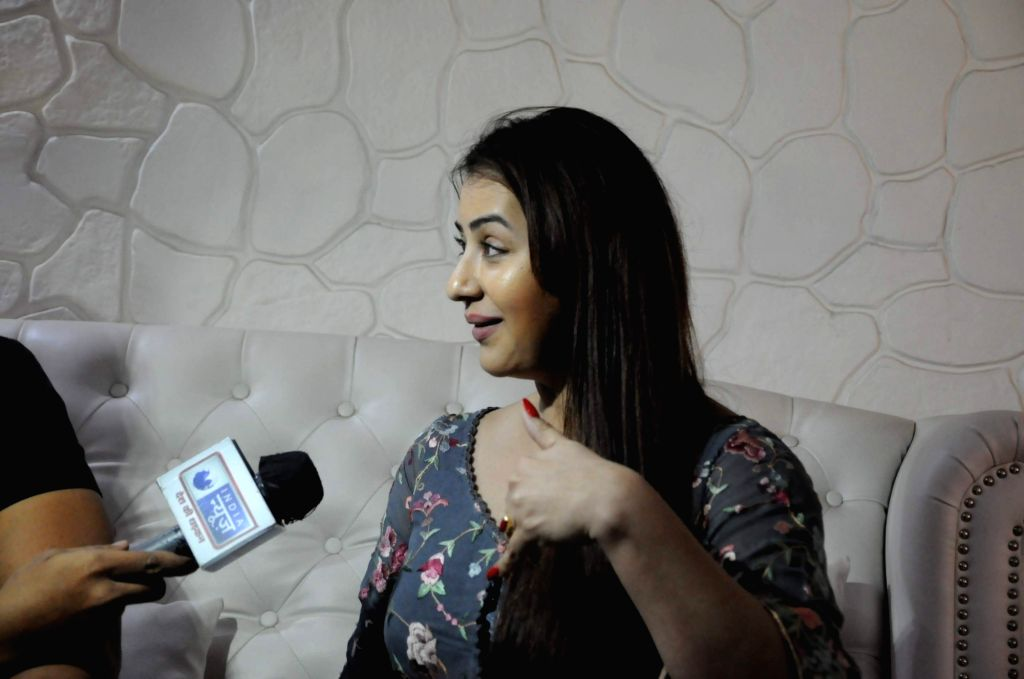 Actress Shilpa Shinde during the press conference in Mumbai on March 25, 2017. - Shilpa Shinde