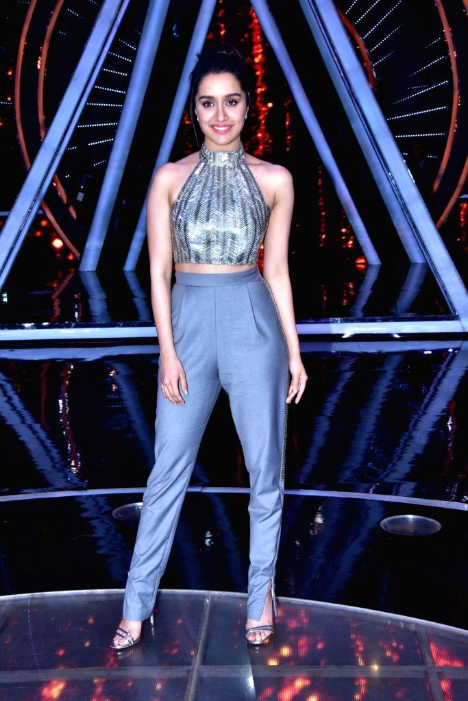 """Actress Shraddha Kapoor on the sets of singing reality show """"Indian Idol 10"""" in Mumbai on Sept 11, 2018. - Shraddha Kapoor"""