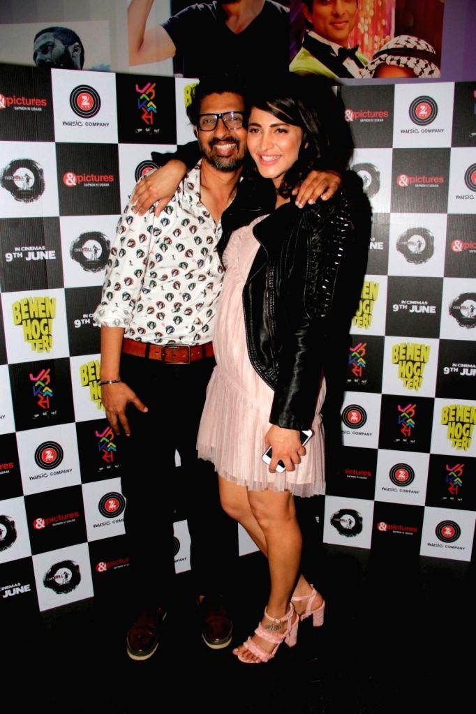 Actress Shruti Haasan and screenwriter Niranjan Iyengar during the screening of film Behen Hogi Teri in Mumbai, in Mumbai, on June 8, 2017. - Shruti Haasan