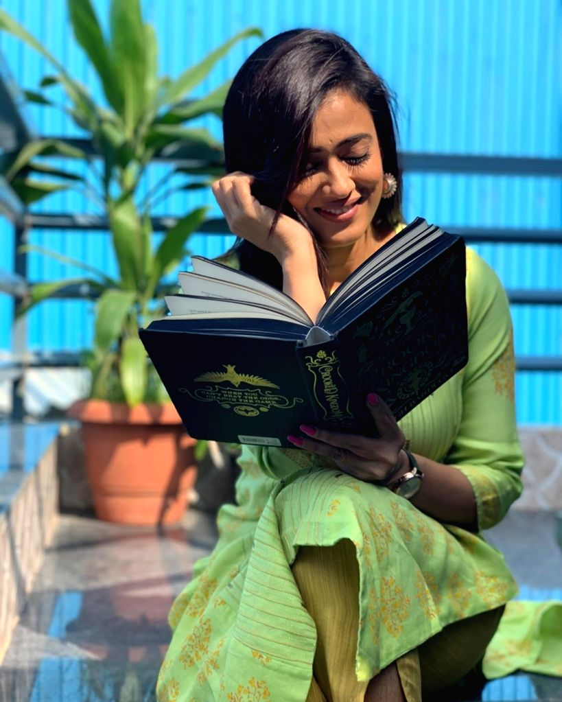 """Actress Shweta Tiwari is aware that many TV viewers still love her as Prerna -- the character she played in the popular daily soap """"Kasautii Zindagii Kay"""". She says her responsibility towards her fans is to provide them with different content every t - Shweta Tiwari"""