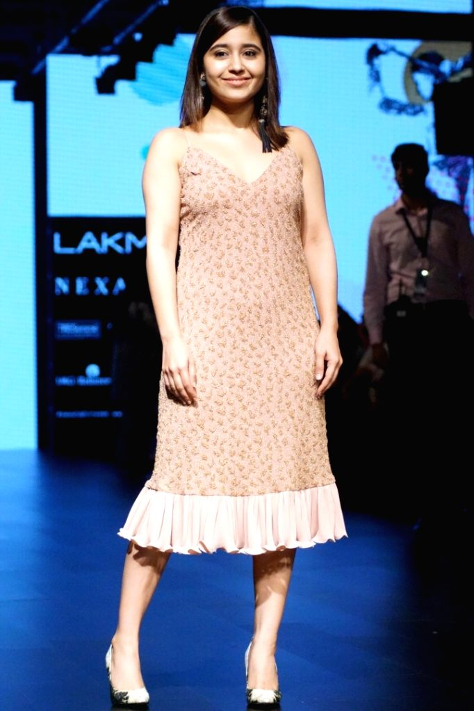 Actress Shweta Tripathi during the Lakme Fashion Week Wintwer 2017 in Mumbai on Aug 16, 2017. - Shweta Tripathi