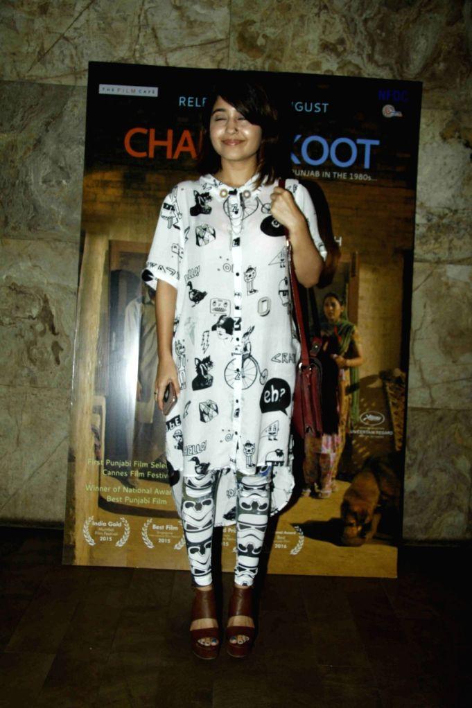 Actress Shweta Tripathi during the special screening of Punjabi film Chauthi Koot in Mumbai on Aug 1, 2016. - Shweta Tripathi