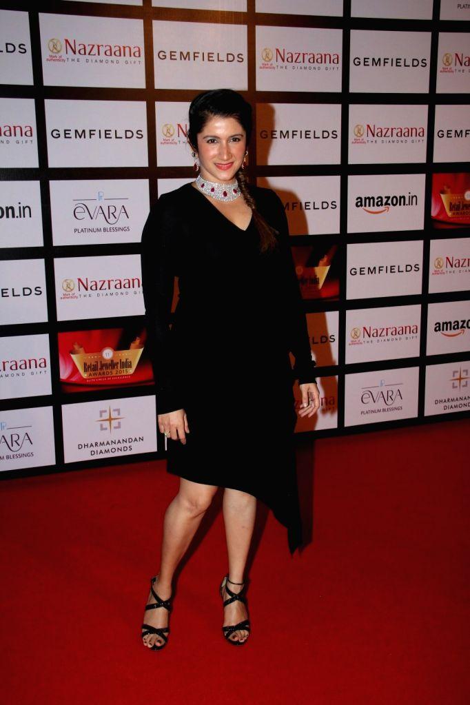 Actress Smiley Suri during the Gemfields and Nazraana Retail Jeweller India Awards 2015, in Mumbai on Aug 8, 2015. - Smiley Suri