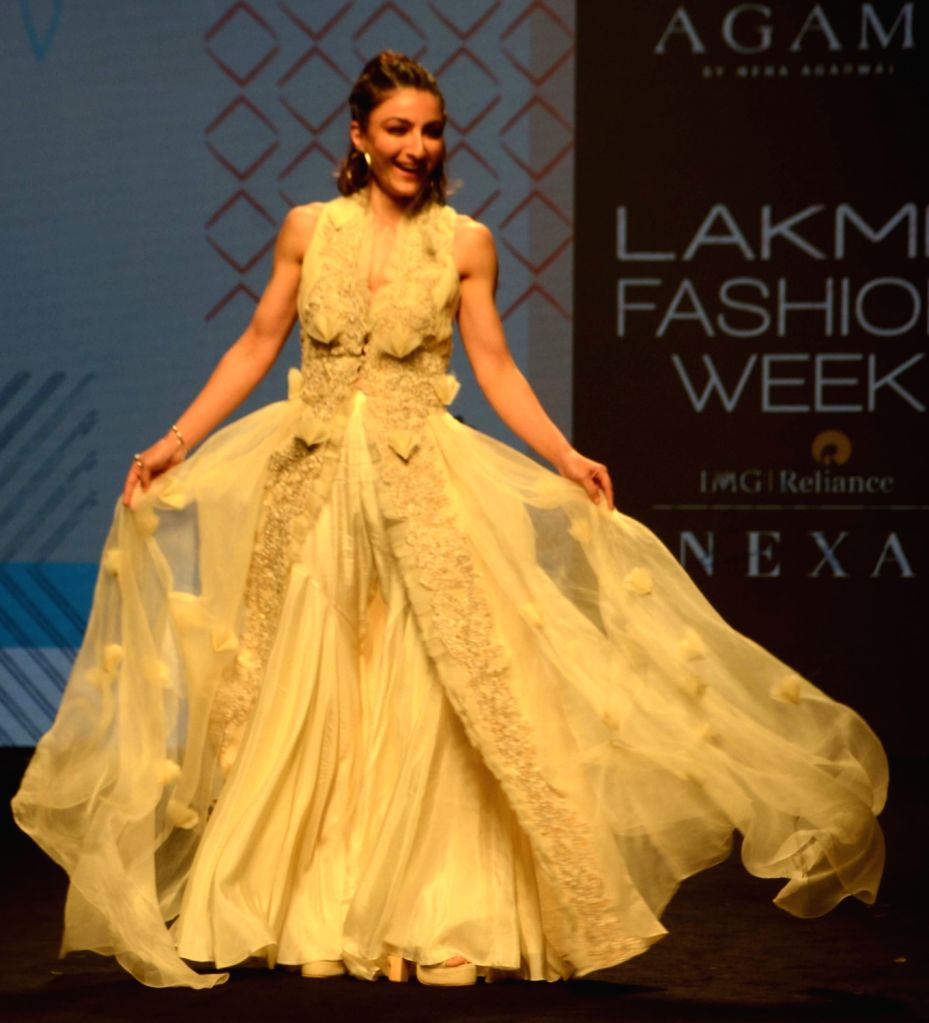 Actress Soha Ali Khan walks the ramp showcasing the creations of fashion designer Neha Agarwal at the Lakme Fashion Week (LFW) Summer/Resort 2019 in Mumbai on Feb 3, 2019. - Soha Ali Khan