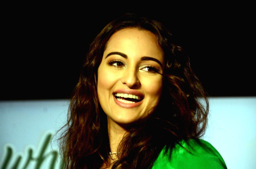 Actress Sonakshi Sinha during a programme in Mumbai on Sept 20, 2016. - Sonakshi Sinha