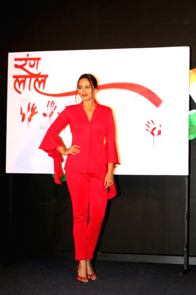Actress Sonakshi Sinha during the launch of promotional video titled Rang Laal for film Force 2, in Mumbai on Oct 21, 2016. - Sonakshi Sinha