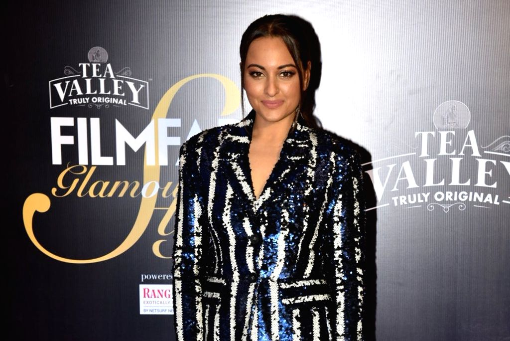 Actress Sonakshi Sinha on the red carpet of Filmfare Glamour And Style Awards 2019, in Mumbai on Feb 11, 2019. - Sonakshi Sinha