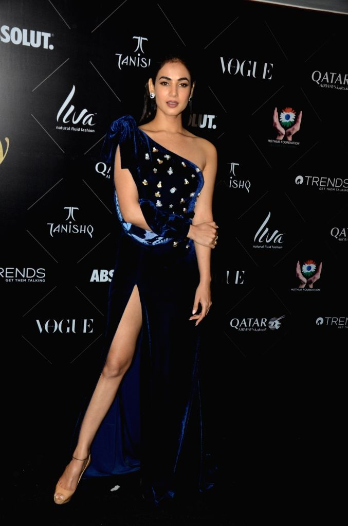 """Actress Sonal Chauhan at the red carpet of """"Vogue Beauty Awards"""" in Mumbai on July 31, 2018. - Sonal Chauhan"""