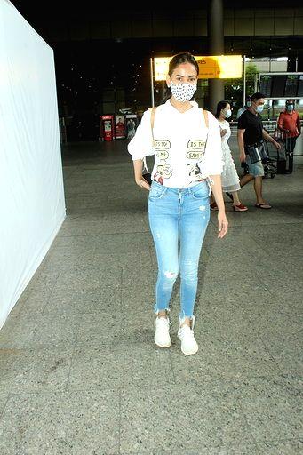 Actress Sonal Chauhan seen at the Chhatrapati Shivaji Maharaj International Airport in Mumbai on Sep 15, 2020. - Sonal Chauhan