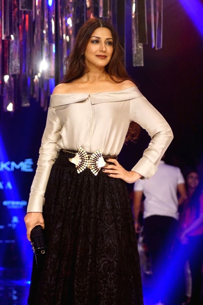 Actress Sonali Bendre during the Lakme Fashion Week Winter/Festive 2017 in Mumbai on Aug 20, 2017. - Sonali Bendre