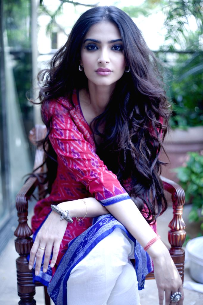 Actress Sonam Kapoor - Sonam Kapoor