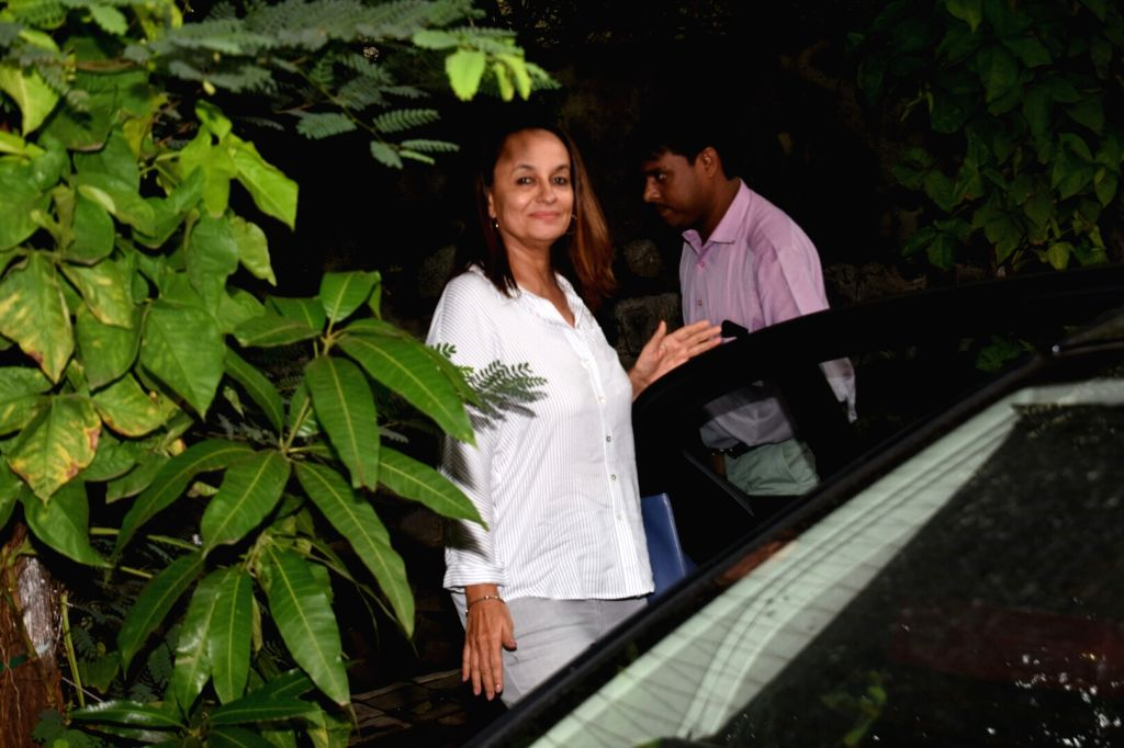 Actress Soni Razdan seen at Mumbai's Juhu on July 23, 2018. - Soni Razdan