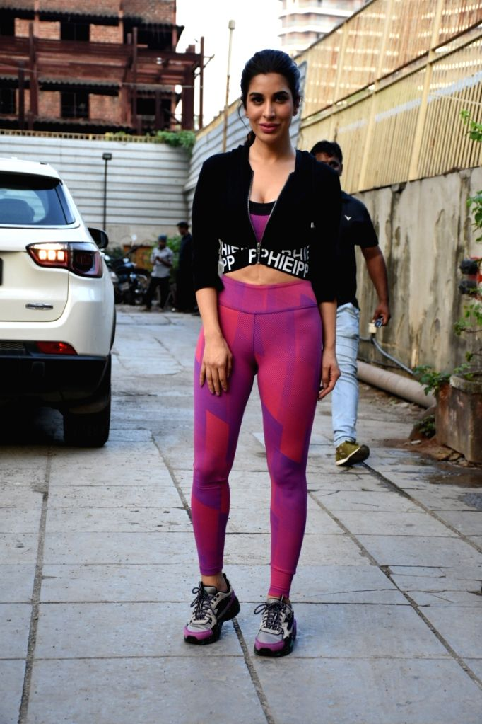 Actress Sophie Choudry seen at a gym in Bandra, Mumbai on Oct 31, 2019. - Sophie Choudry