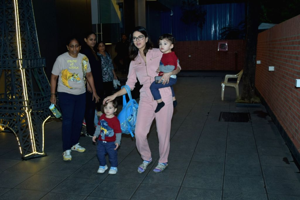Actress Sunny Leone and her children Asher Singh Weber and Noah Singh Weber seen at Juhu in Mumbai on Nov 14, 2019. - Sunny Leone and Asher Singh Weber