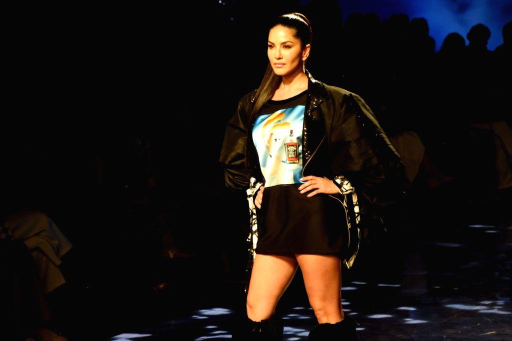 Actress Sunny Leone showcases the creation of fashion designer Swapnil Shinde on Day 2 of the Lakme Fashion Week Summer/Resort 2020, in Mumbai on Feb 12, 2020. - Sunny Leone