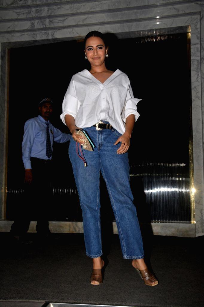 Actress Swara Bhasker at actor Shah Rukh Khan's birthday celebration in Mumbai on Nov 2, 2018. - Swara Bhasker and Rukh Khan