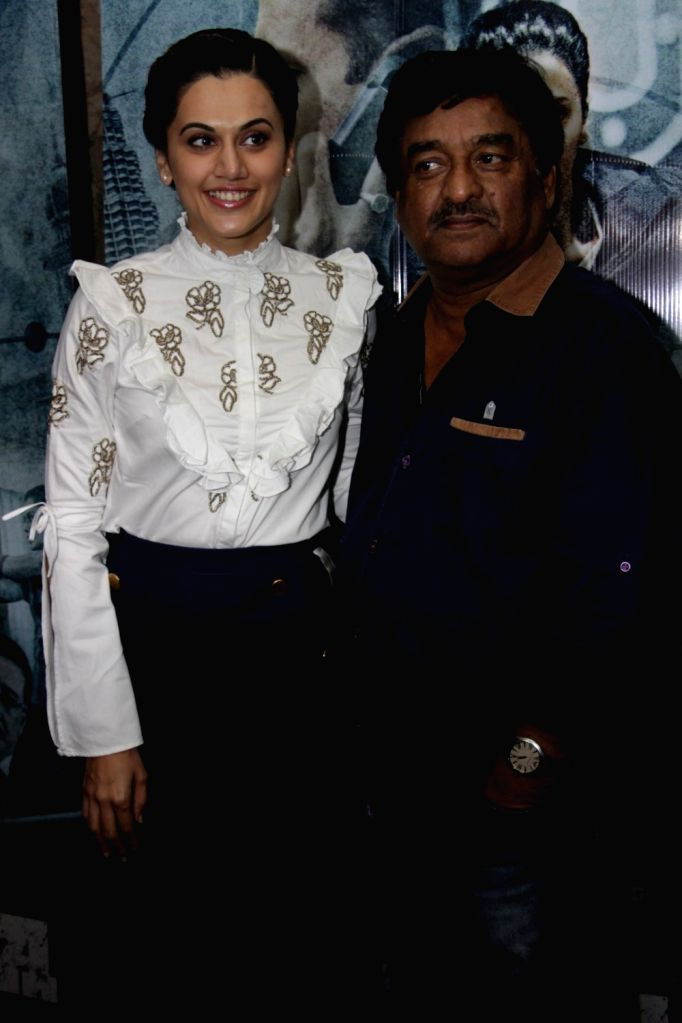 Actress Taapsee Pannu and director Shivam Nair during the song launch Zinda from film Naam Shabana in Mumbai on March 10, 2017. - Taapsee Pannu