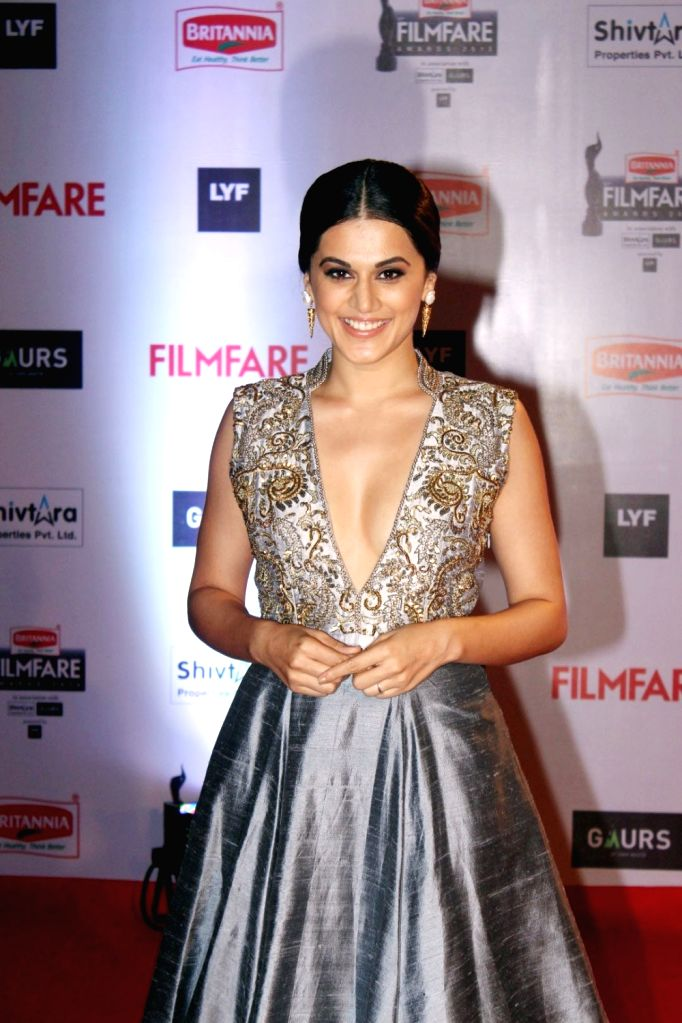 Actress Taapsee Pannu during the 61st Britannia Filmfare Awards in Mumbai on January 15, 2016. - Taapsee Pannu