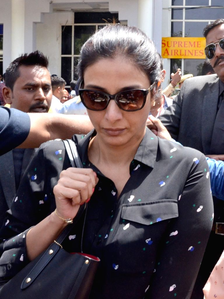 Actress Tabu arrives to appear before Jodhpur's Chief Judicial Magistrate (CJM) Rural Court in connection with the hearing in black buck poaching case, on April 4, 2018. - Tabu