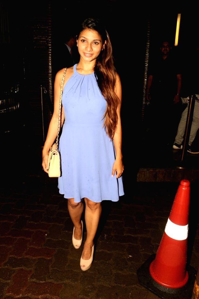Actress Tanisha Mukerji at Estella Lounge in Mumbai on Oct 10, 2017. - Tanisha Mukerji