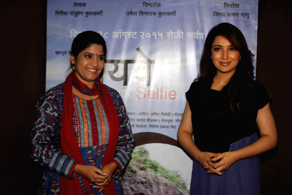 Actress Tisca Chopra and Renuka Shahane during the media interaction of Marathi film Highway, in Mumbai, on August 6, 2015. - Tisca Chopra