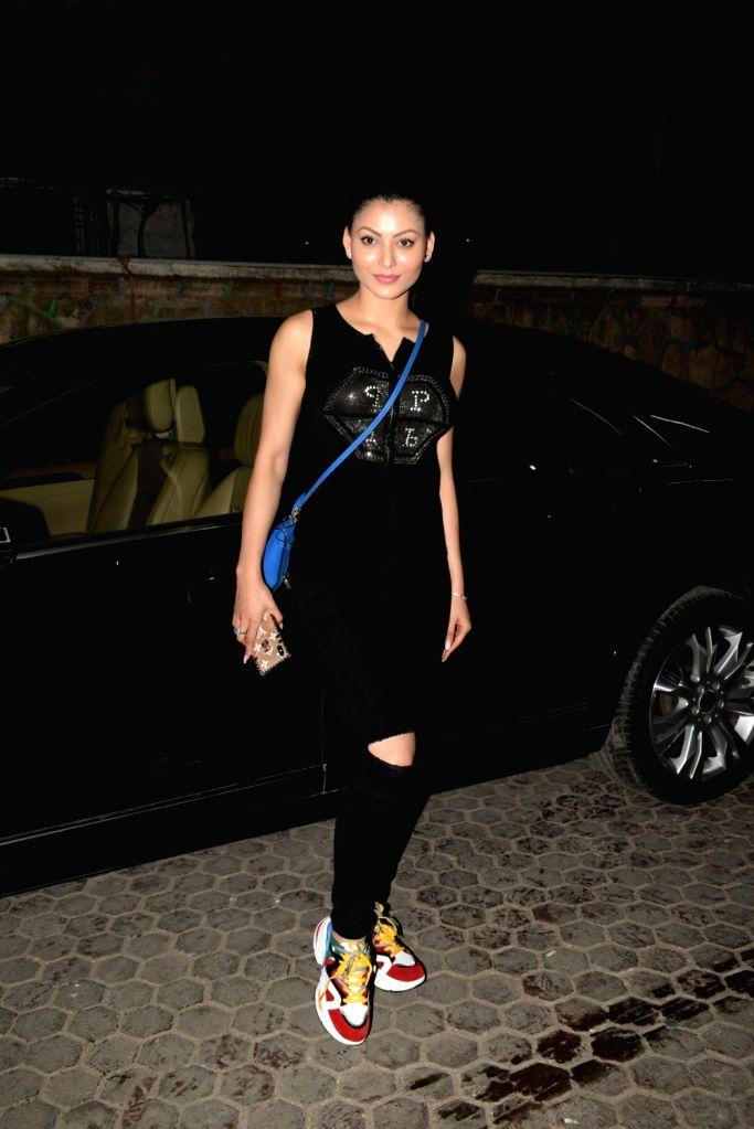 Actress Urvashi Rautela seen at Santacruz, Mumbai on May 10, 2019. - Urvashi Rautela