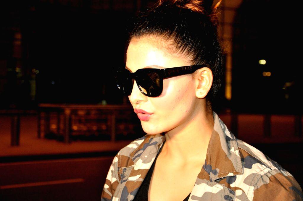 Actress Urvashi Rautela spotted at airport in Mumbai on June 29, 2016. - Urvashi Rautela